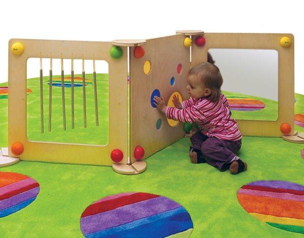 Panouri senzoriale bebe - Baby Path - lemn curcubeu - mobilier senzorial - Erzi Germania
