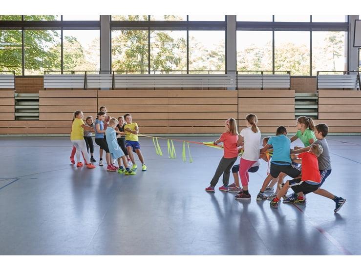 Slackline pentru grup - Banda echilibristica pentru team building - Haba Education