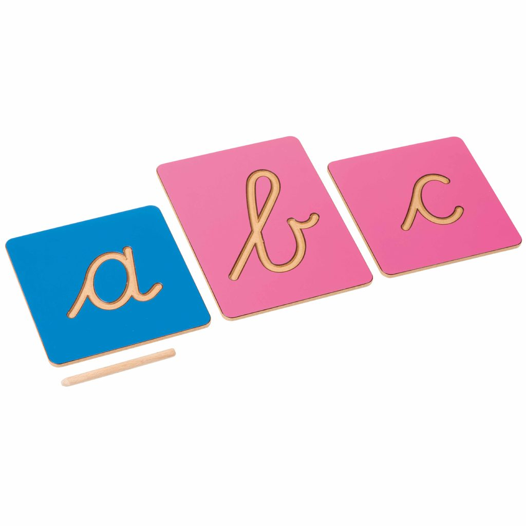 Hollow Letter Shapes: International Cursive-produs original Nienhuis Montessori-prin Didactopia by Evertoys