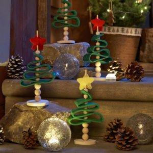 Brazi de Crăciun din fetru - Set creativ copii - Bricolaj - Fălţuire, înşirare Haba Sachenmacher Didactopia