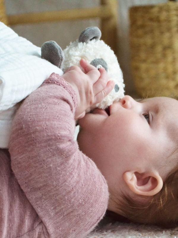 Testoasa - Păturică Bebe de îmbrăţişat - Baby Security Blanket - Schmusedecke - My Teddy Original in Romania prin Didactopia